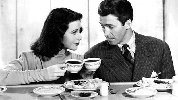 Bir kahve içeriz.