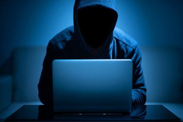 Kimlik hırsızlıklarına karşı dikkatli olun.