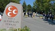 Alparslan Türkeş'in Oğlu, Babasının Kabrine Alınmadı: 'Genel Merkezden Talimat Var Giremezsin'