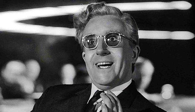 27. Dr. Garipaşk / Dr. Strangelove or: How I Learned to Stop Worrying and Love the Bomb (1964)