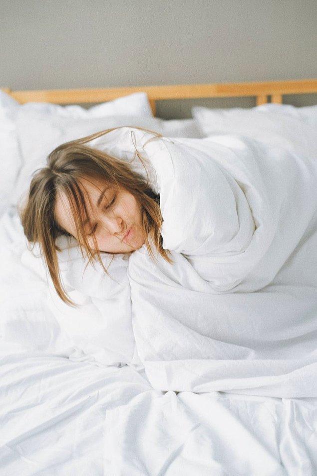 Uyurken vücudunuzdaki tüm kaslar felç olur!