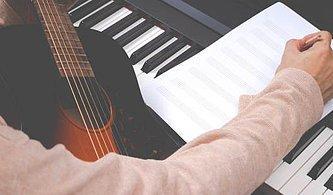 Gelmiş Geçmiş En İyi Şarkı Yazarını Senin Oylarınla Belirliyoruz!