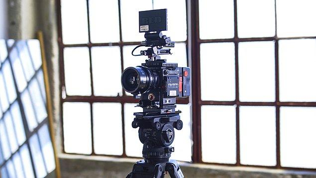 Dikkat edilmesi gereken noktalara göz attığımıza göre artık başarılı bir video içeriği oluşturmanın tam zamanı!
