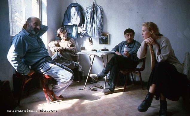 18. Gölge Oyunu (1993)