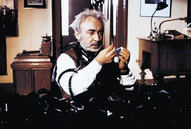 7. Aşk Filmlerinin Unutulmaz Yönetmeni (1990)