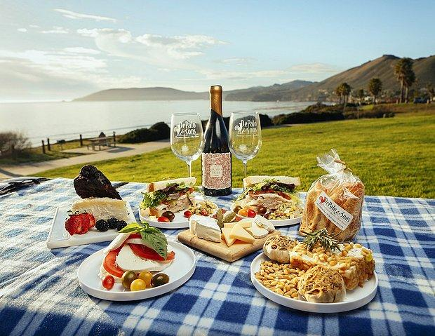Romantik bir piknik