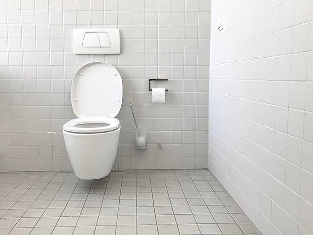 11. Tuvalete giderken izin istemek.