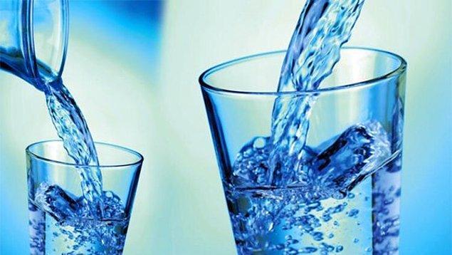Susamamak İçin Ne Kadar Su İçilmeli
