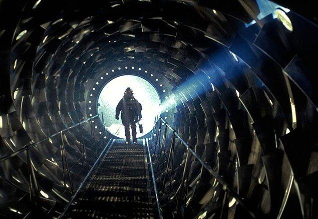 8. Event Horizon (1997)