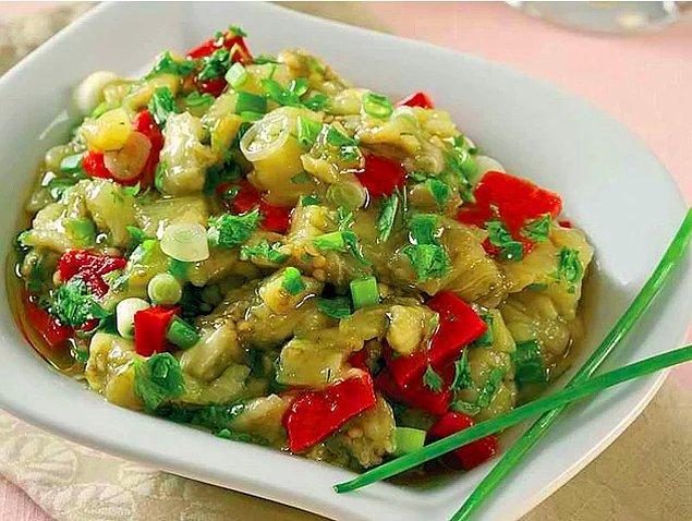 7. Köz Patlıcan Salatası