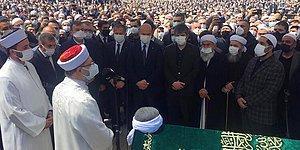 Yüzlerce Kişiyle Cenaze Namazı Kılan İçişleri Bakanı Soylu Tepkilerin Odağında