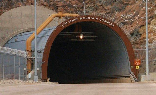 18. Cheyenne Dağı Kompleksi