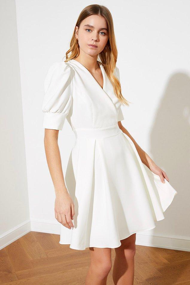 9. Bu elbiseyi nikah elbisesi olarak bile giyebilirsiniz.