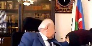 Azerbaycanlı Eski Vekil Hüseynbala Mirələmov Kamerayı Açık Unutunca Asistanı ile Uygunsuz Şekilde Görüntülendi