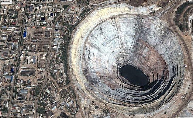 9. Rusya: Dünyanın en büyük pırlanta madeni.