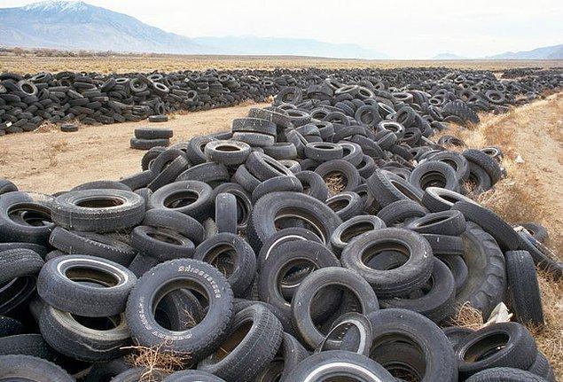 12. Nevada: Atılan lastikler.