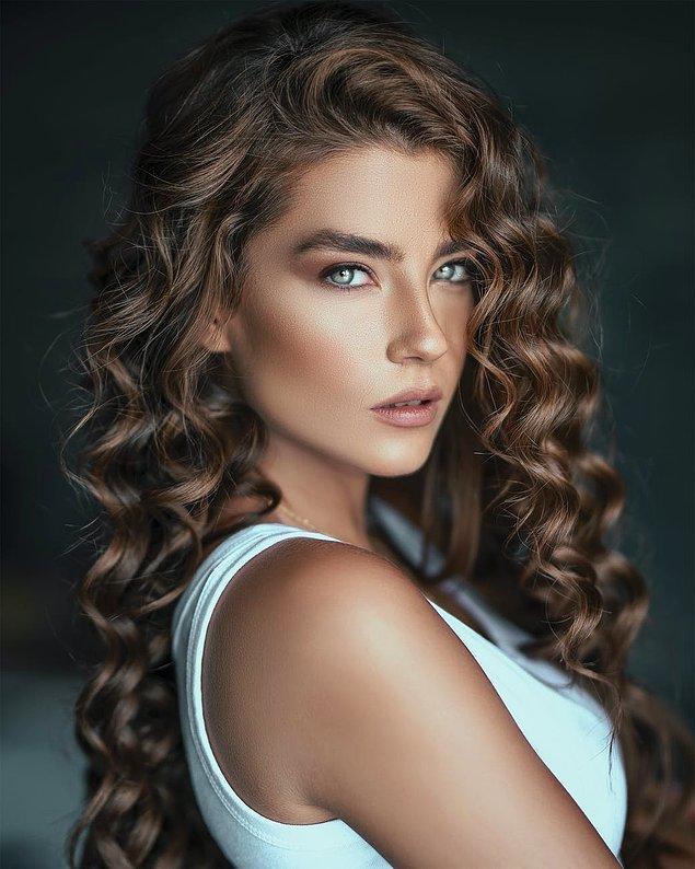 5. Saçında yağ kullanmayı sevmeyenler duş sonrası saça bakım yapan kremlerini kullanabilir.
