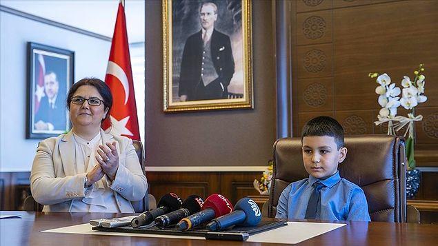 Bakan Yanık'ın 10 yaşındaki bir çocuğa dahi oruç tutmakla mükellefmiş gibi muamele yapması ve koruma evinde kaldığını ısrarla belirtmesi oldukça tepki çekti.