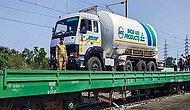 Hindistan'da Oksijen Krizi: Oksijen Tankları Trenlerle Taşınıyor