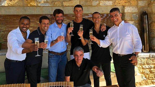 10. Süper Lig'in kuruluşu açıklaması ile çokça adını duyduğumuz Agnelliler ise Juventus'un sahibi.