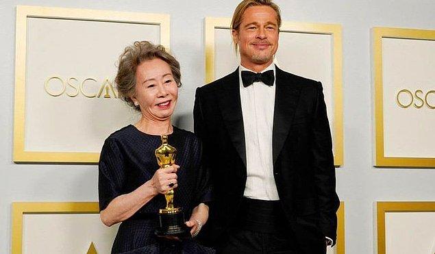 11. Brad Pitt, Yuh-Jung Youn'un ismini yanlış telaffuz etti.