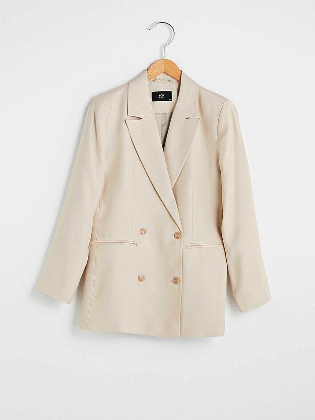 Testimiz boyunca yapacağın kombini bu şık blazer cekete göre belirlemeni bekliyoruz.