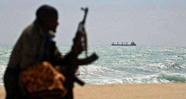 Korsanlar Dünya ekonomisine ne kadar zarar veriyor?