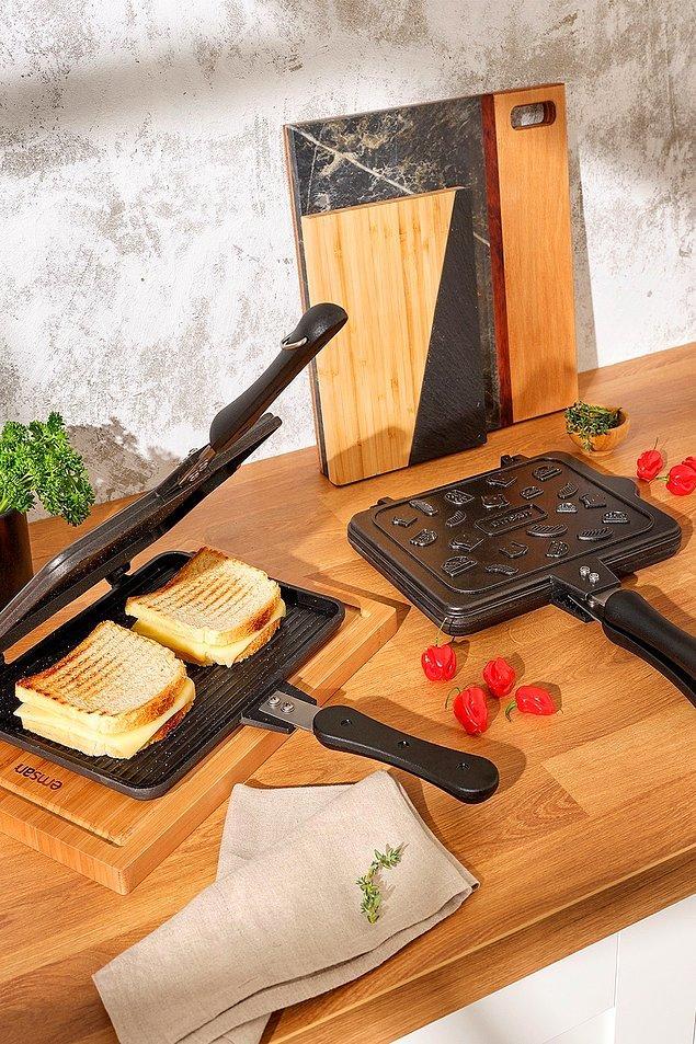 12. Birbirinden lezzetli tostlar için buraya alalım.