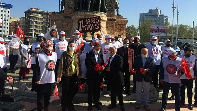 DİSK ve HAK-İŞ Cumhuriyet Anıtı'na çelenk bıraktı