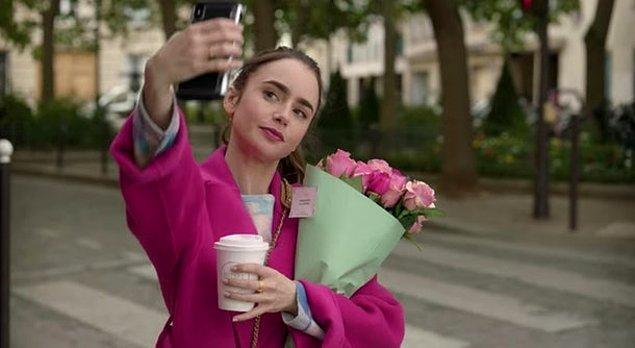 Geçen yıl Netflix'te yayına girdiği gibi gönüllerimize taht kuran 'Emily in Paris' dizisinin 2. sezon çekimleri başladı.