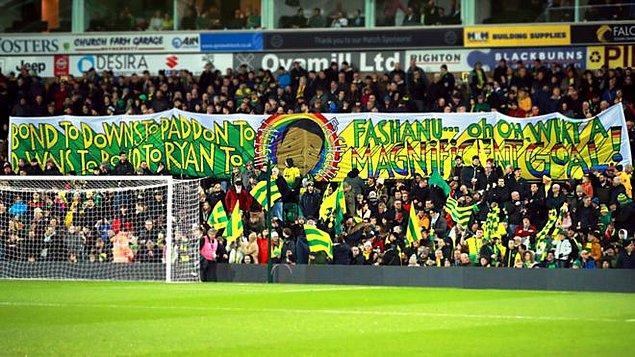 Liverpool'a attığı muhteşem golün 40. yıldönümü, 9 Şubat 2020'deydi. Norwich taraftarı onu unutmamış, açtıkları pankartla ona selam çakmışlardı.
