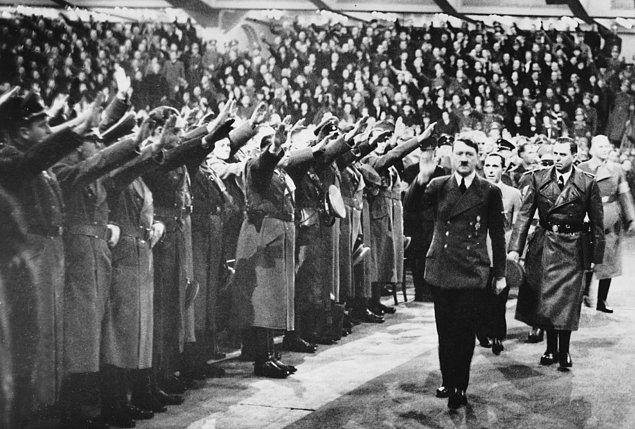 Zaferi selamlamayan adam: August Landmesser