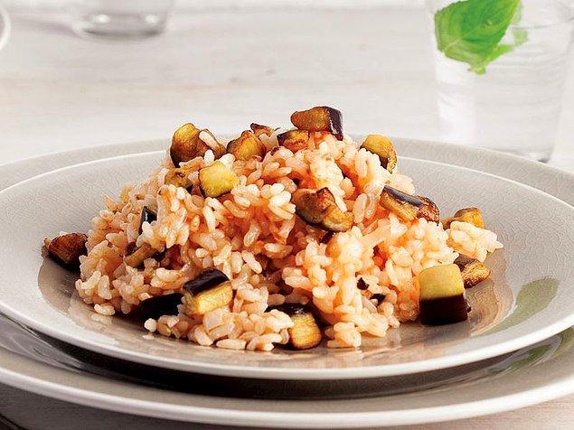 3. Patlıcanlı Pilav