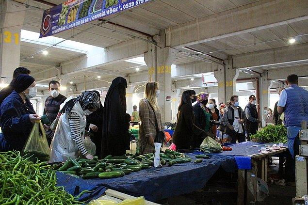 İzmit'te semt pazarından görüntüler 👇