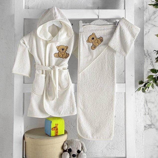 9. Bebeğinizin narin tenine değecek havlunun da yumuşacık olması lazım...