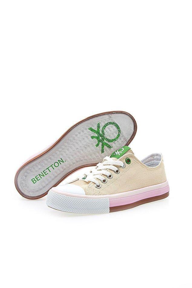 4. Kalitesi ve rahatlığı tartışılmaz ayakkabılardan biri...