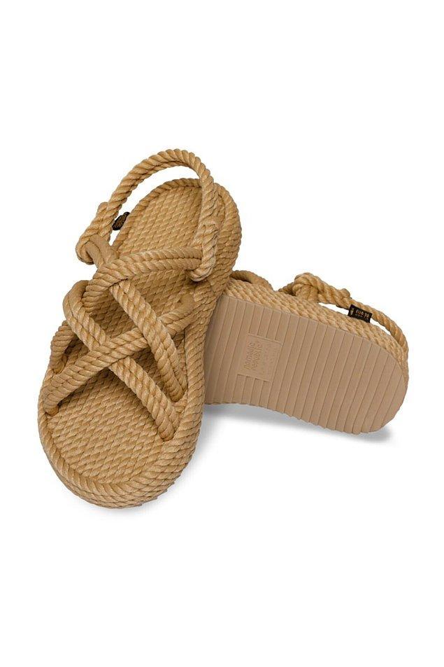 6. Nomadic Repuclic sandaletler hiç modası geçmeyen ayakkabılardan...