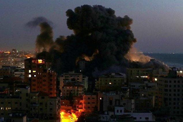 Şu ana kadar Filistin'de en az 83; İsrail'de ise en az 7 kişinin hayatını kaybettiği belirtiliyor.