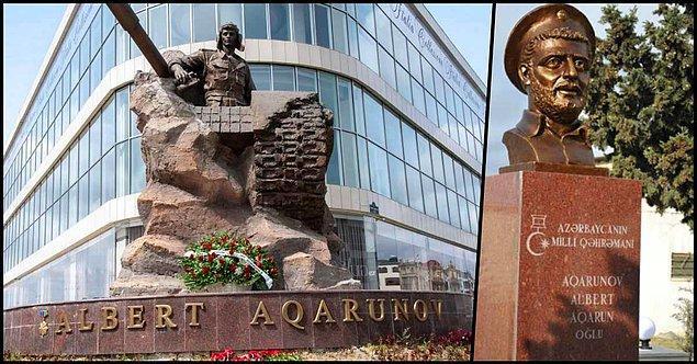 Bu ilişkiye çok iyi başka bir örnek Azerbaycan Ulusal Kahramanı Albert Aqarunov'dur. 89'da askerliği bitmiş olsa da Karabağ Savaşı'na gönüllü katılır Aqarunov.