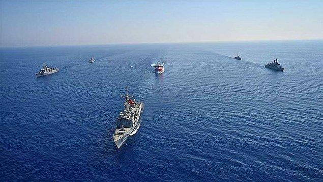 Türk Deniz Kuvvetleri'nin 149 adet aracı olduğu kaydedilen endekste Türkiye'nin savunma bütçesinin 17 milyar 300 milyon dolar olduğu bilgisi paylaşıldı.