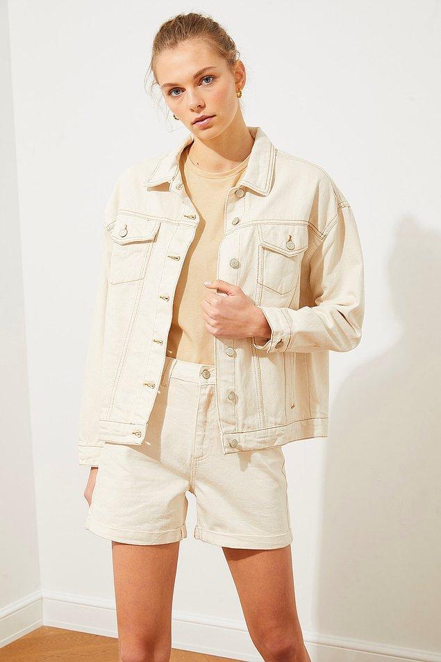 12. Yazın giyilecek en güzel ve rahat ceket.