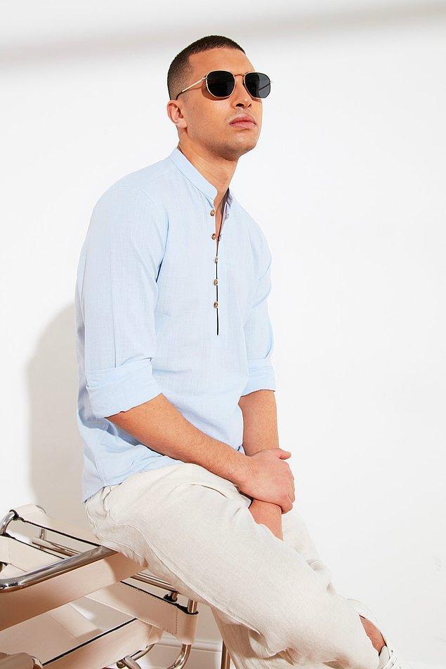 21. Karizmatik bir erkek olmanın yolu bu gömlekten geçiyor.