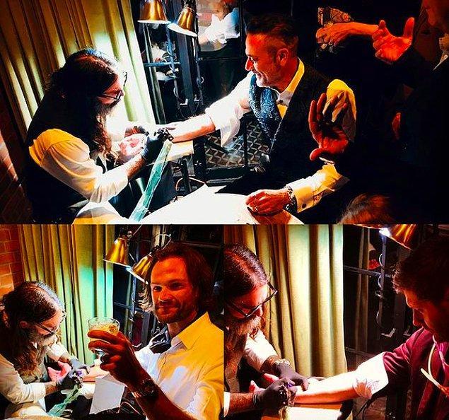 8. Jared Padalecki, Jensen Ackles ve Jeffrey Dean Morgan, Supernatural'daki zamanlarının anısına birlikte düğünde dövme yaptırmışlar.