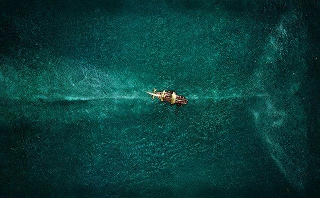 13. Denizin Ortasında (2015)