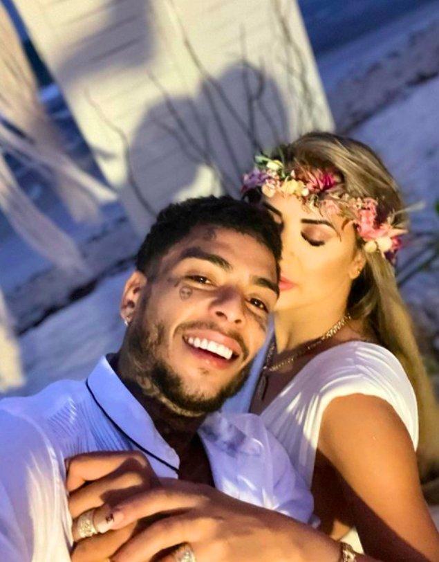 Çiçeği burnunda evli çift evleneli çok olmamıştı. İddialara göre Bueno, Rio De Janeiro'da bir otelde kaldığı sırada odasına arkadaşı Victor Fontenelle ile birlikte 26 yaşındaki model Bianca Domingues'i de davet etti.