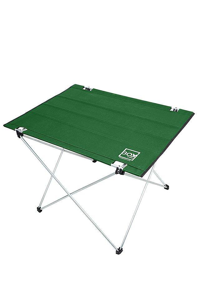 4. Bir kamp masası da şart elbette...4 mevsim kullanıma uygun olması ve hafif olması sebebi ile en çok satan kamp masalardan biri olmuş bu model.