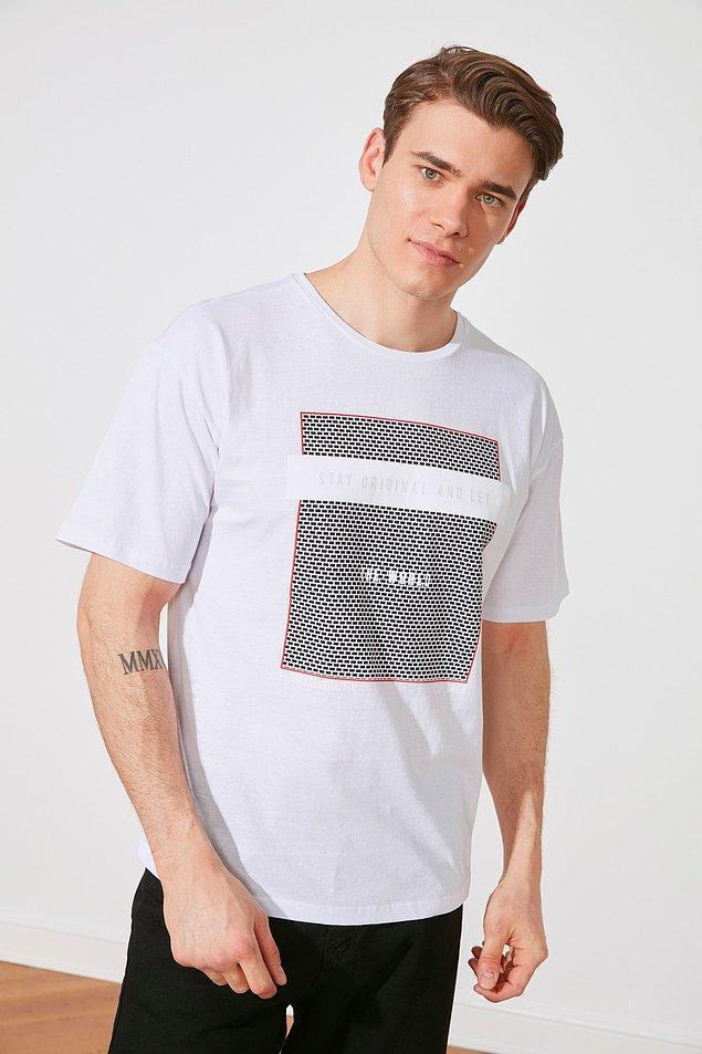 16. Eee beylere de bol bol tişört lazım.