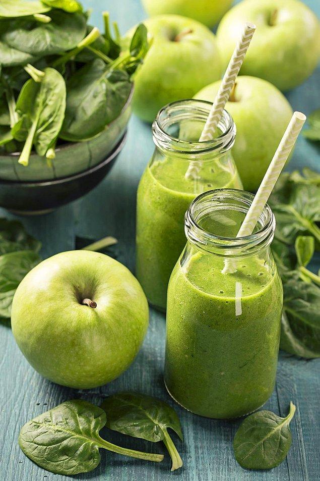20. Bol yeşillikli detoks tarifiyle bitirelim: