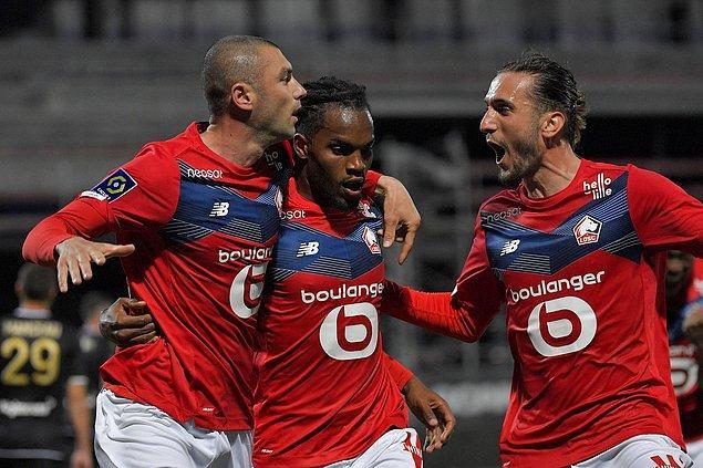 Yıldızlar topluluğu PSG'nin 1 puan önünde yer alan Christophe Galtier yönetimindeki Lille, mücadeleden zaferle ayrılarak şampiyonluğunu ilan etti.