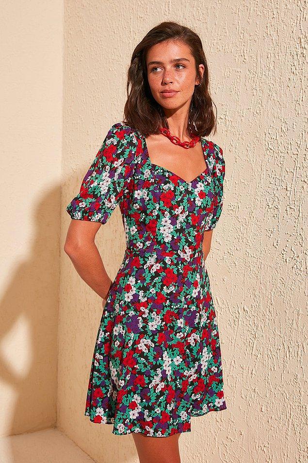 5. Trendyol'a girip bu elbiseyi görmeyen kalmadı.